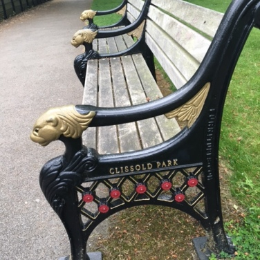 Clissold Park bench