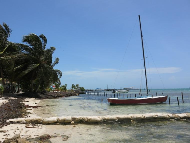 boat-402746_1280